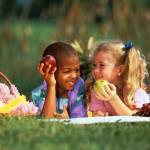 kids with fresh fruit