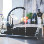 running water from kitchen faucet