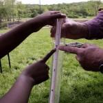 turbidity measurement with hands