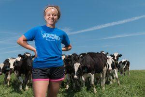 Theresa Shurn, animal sciences student intern at Arlington ARS Photo from UW-Madison CALS Flickr