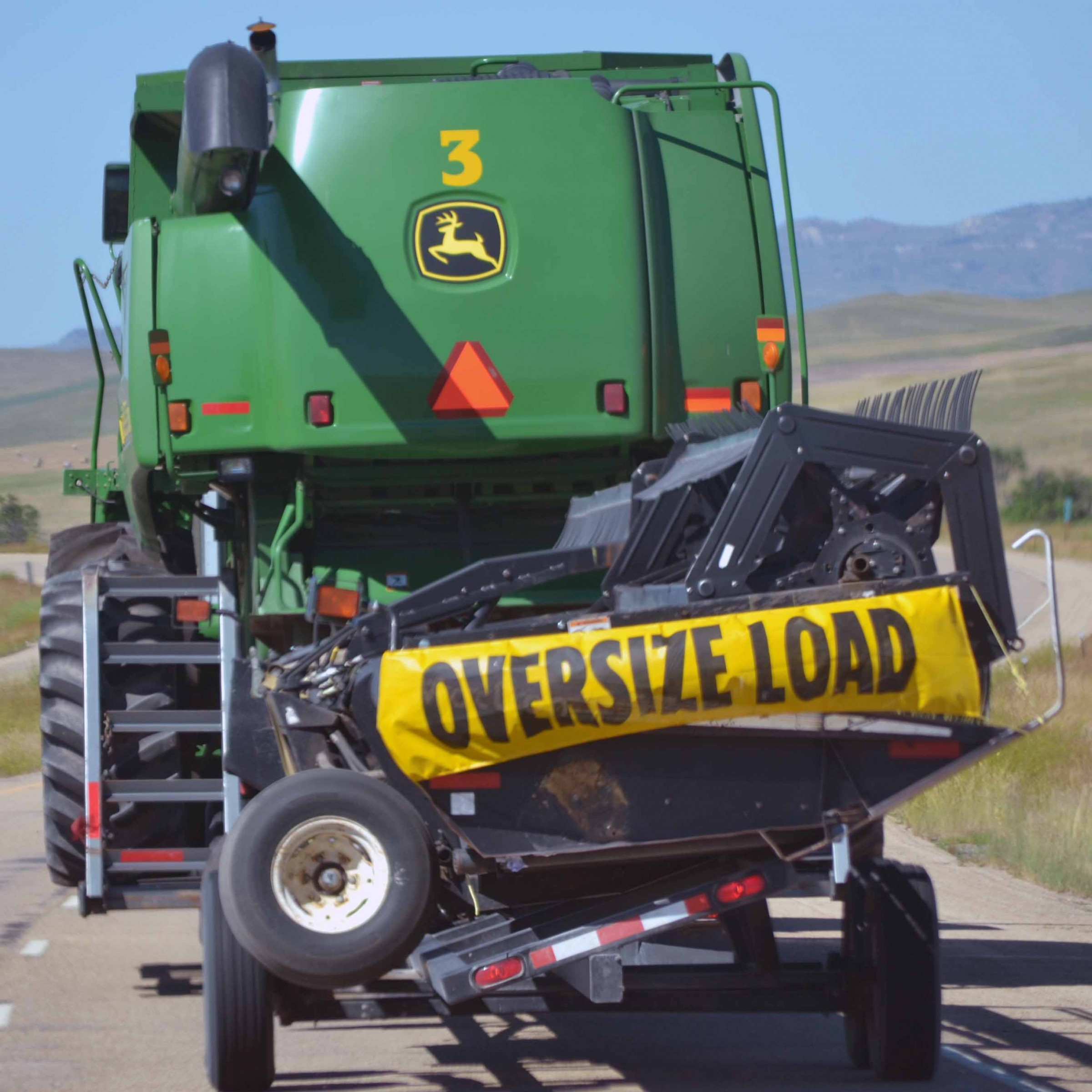 Vehicle Size Regulations – Agricultural Vehicles on the Road