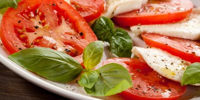 Салат с моцарелла с фото