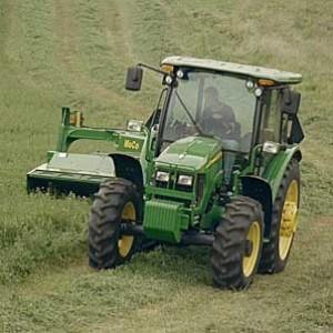TractorDeere5525_action